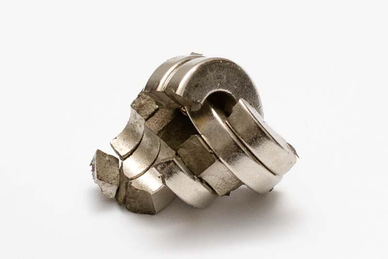 Törött mágnesgyűrűk